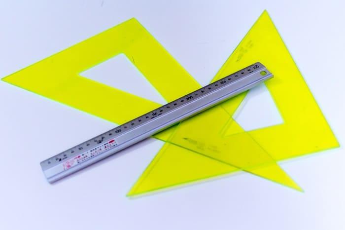 三角定規などの画像